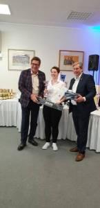 v.l.: Dir. Loskot, Theresa Moser (Zweite beim Geschmack) und Thomas Schlögl (Schlumberger)