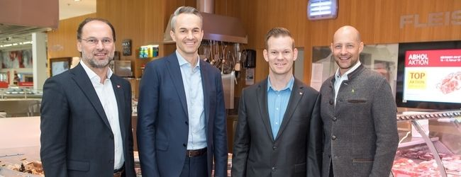 v.l.n.r.: Thomas Panholzer, Manuel Hofer, Florian Peham, Fleischsommelier & Category Manager Fleisch bei Transgourmet und Hannes Royer
